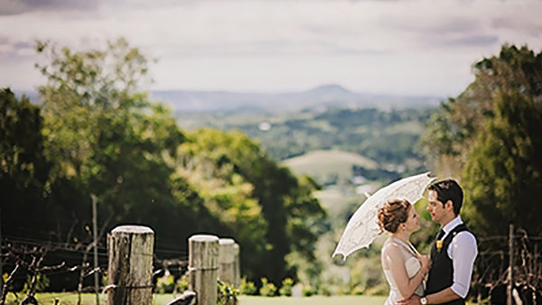 Weekend wedding packages at the iconic flaxton gardens for Au jardin wedding package
