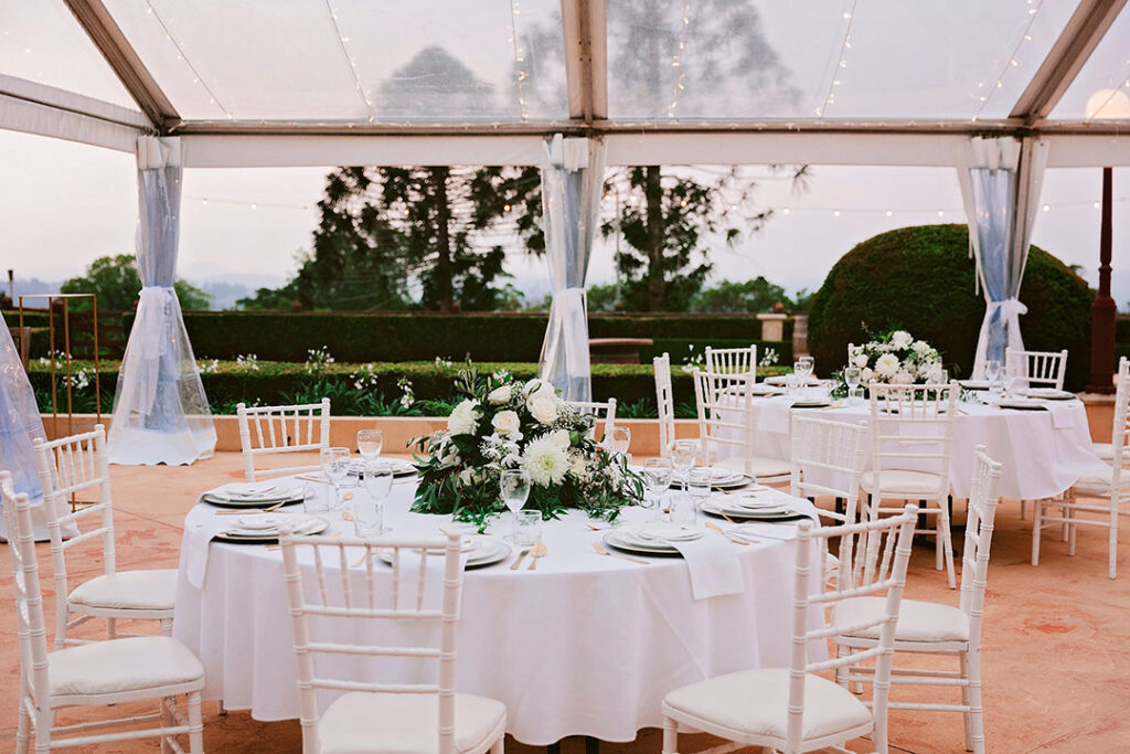 Marquee Wedding tables at Flaxton Gardens